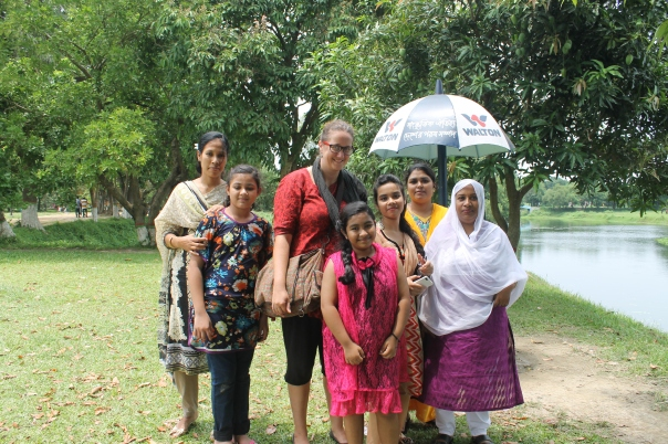 Photo with the eloquent young girl in Dhaka, and her family, who explained why she wanted a photo